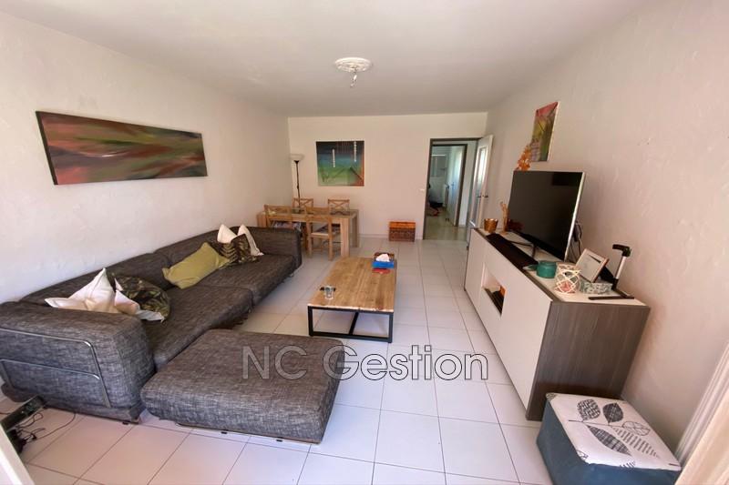 Photo Appartement Antibes  Location appartement  3 pièces   68m²