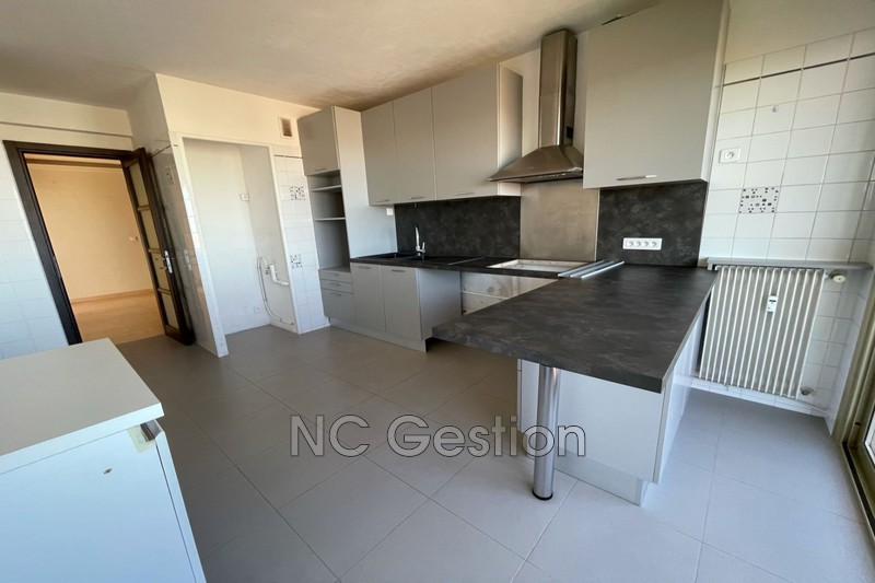 Photo n°3 - Location appartement Antibes 06600 - 1 990 €