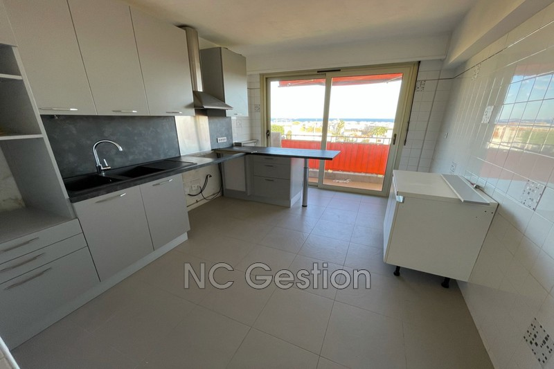 Photo n°13 - Location appartement Antibes 06600 - 1 990 €