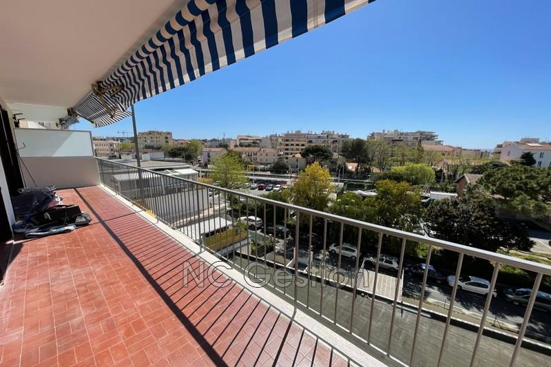 Appartement Juan-les-Pins  Location appartement  4 pièces   83m²