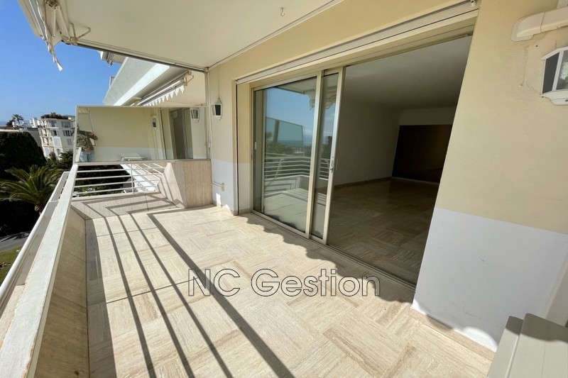 Apartment Cannes  Rentals apartment  2 rooms   70 m²