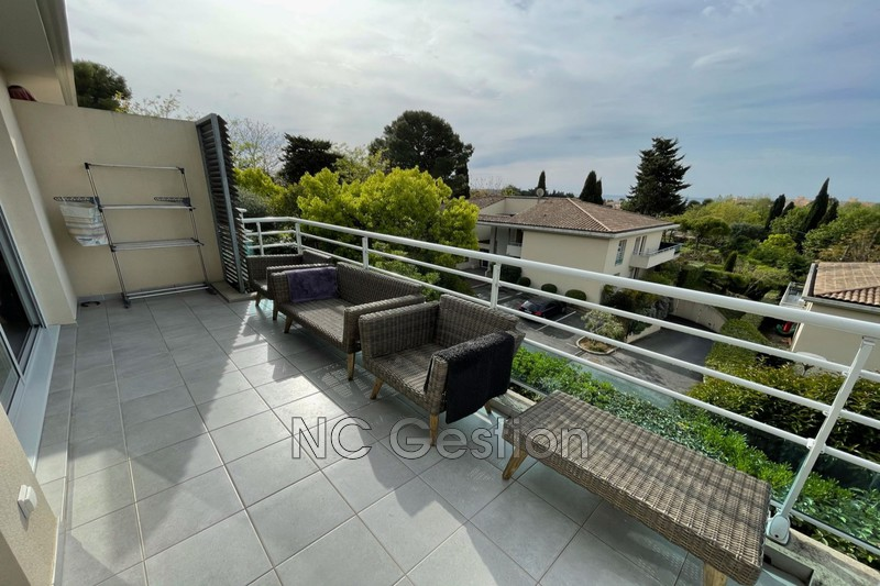 Apartment Juan-les-Pins  Rentals apartment  2 rooms   43 m²