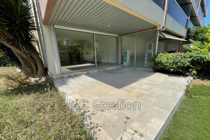 Apartment Antibes  Rentals apartment  2 rooms   62m²