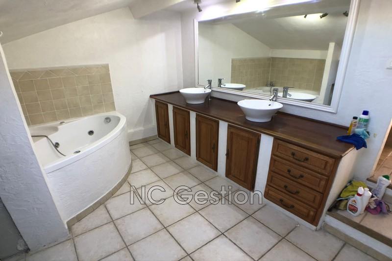 Photo n°5 - Location maison Antibes 06600 - 2 000 €