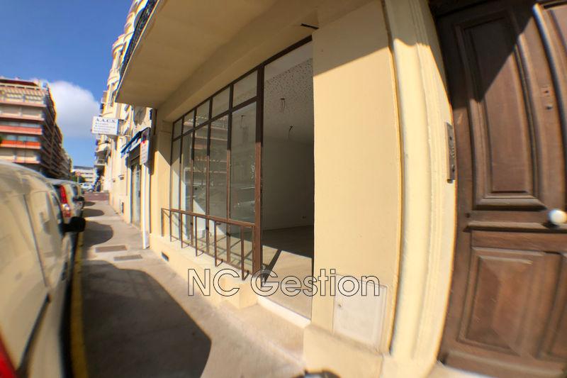 Boutique Antibes  Professionnel boutique   95m²