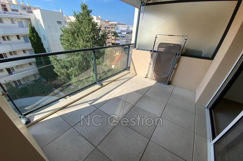 Appartement Juan-les-Pins   achat appartement  2 pièces   38m²