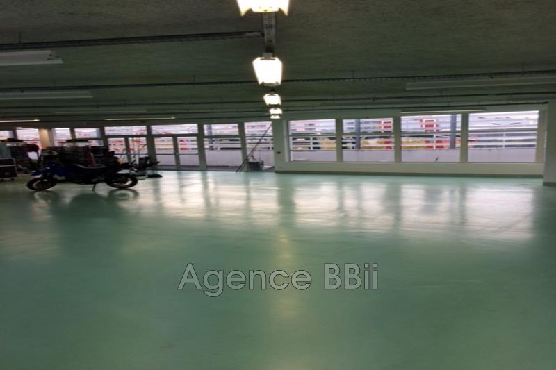Cannes-la-Bocca  Occupational    437 m²