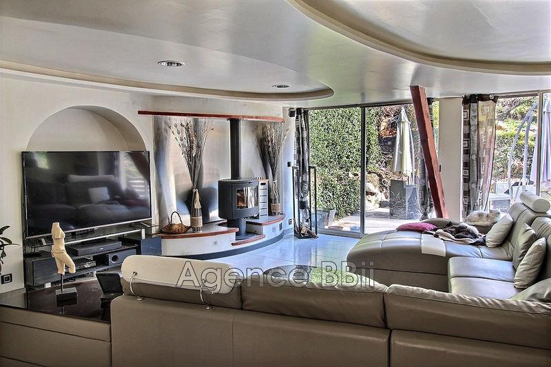 Maison Roquebillière Toutes commodités,   achat maison  5 chambres   135m²