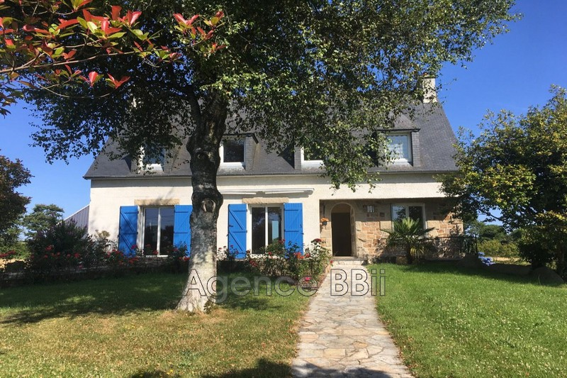 House Callac   to buy house  5 bedroom   144m²