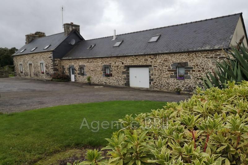 Longère Saint-Nicolas-du-Pélem   achat longère  3 chambres   138m²