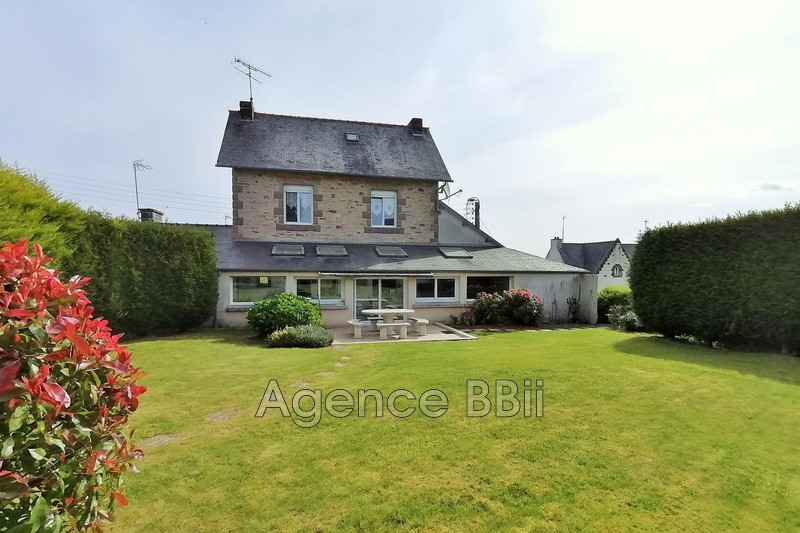 House Bourbriac Centre-ville,   to buy house  3 bedroom   250m²