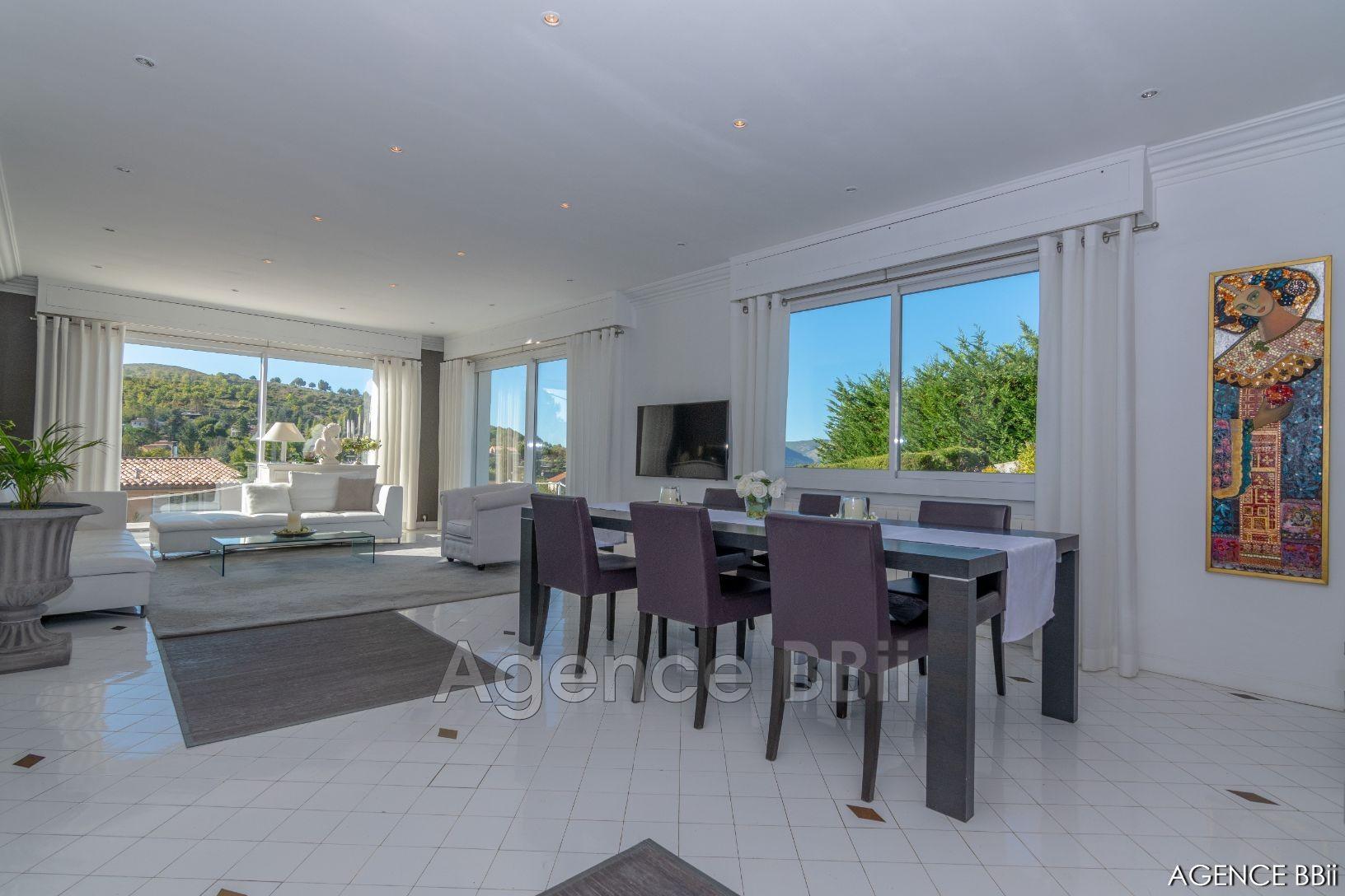 Maison contemporaine Nice Campagne, achat maison contemporaine 4 chambres 200 m²