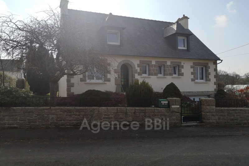 Photo Maison Saint-Nicolas-du-Pélem   achat maison  4 chambres   125m²