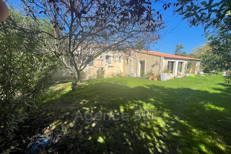 Maison de caractère Barbentane   to buy maison de caractère  5 bedroom   230m²