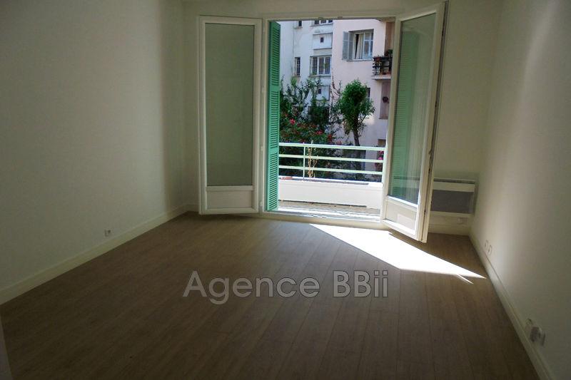 Photo Appartement Nice Centre-ville,   achat appartement  3 pièces   61m²