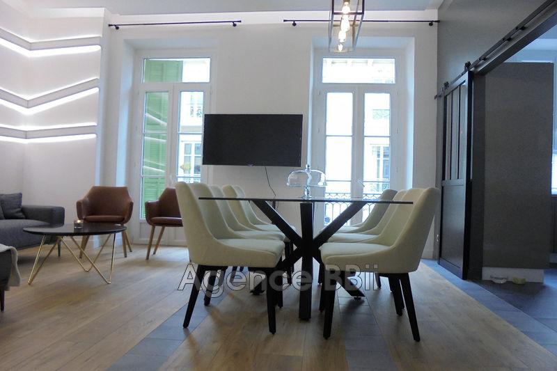 Photo Appartement Nice Centre-ville,   achat appartement  3 pièces   65m²