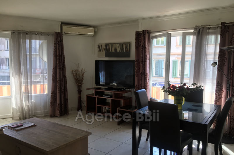 Photo Apartment Cannes Bord de mer,   to buy apartment  3 rooms   64 m²