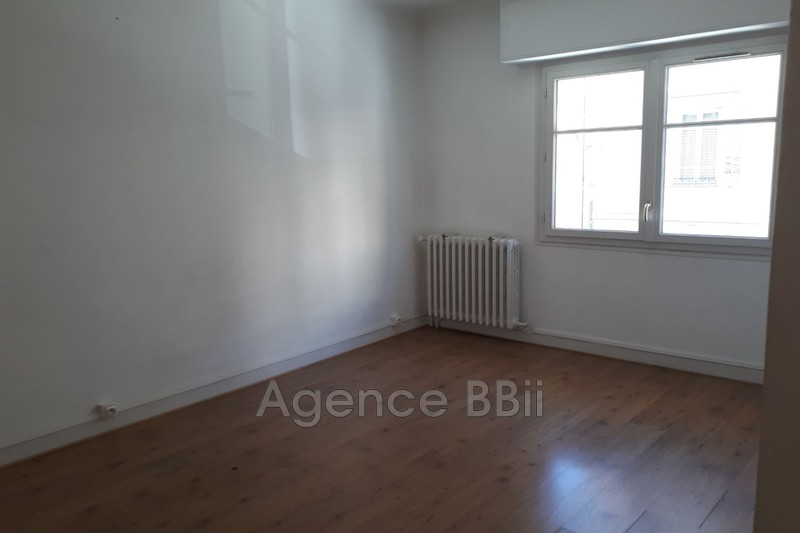 Photo Apartment Nice Port,   to buy apartment  2 rooms   47 m²