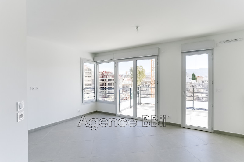 Photo Apartment Nice Centre-ville,   to buy apartment  3 rooms   61 m²