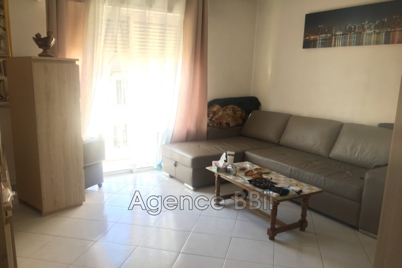Photo n°1 - Vente appartement Cannes 06400 - 124 000 €