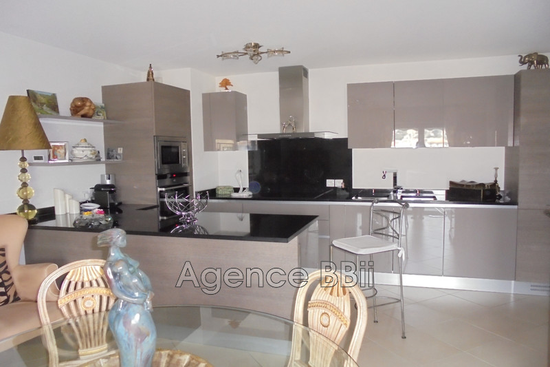 Photo Apartment Nice Saint roch,   to buy apartment  3 rooms   58 m²