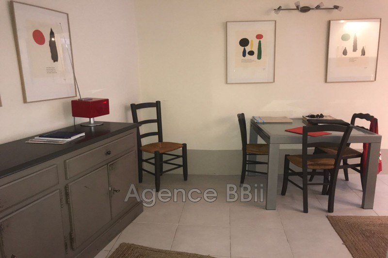 Photo Appartement Saint-Paul-de-Vence Village intra,   achat appartement  2 pièces   46 m²