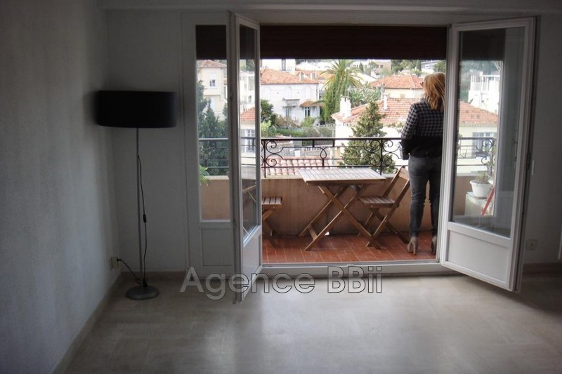 Photo n°1 - Vente appartement Cannes 06400 - 216 000 €