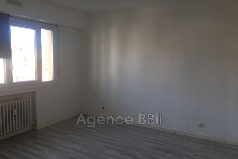 Photo n°7 - Vente appartement Cannes 06400 - 216 000 €