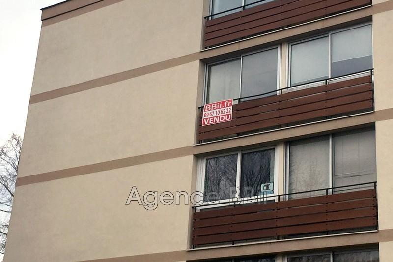 Photo Apartment Franconville Proche de la gare sncf,   to buy apartment  3 rooms   56m²