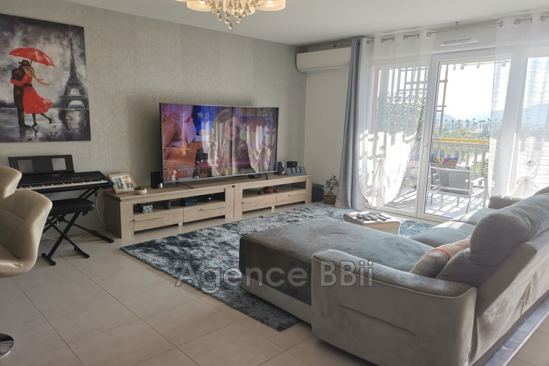 Photo Apartment Carros   to buy apartment  4 rooms   80 m²