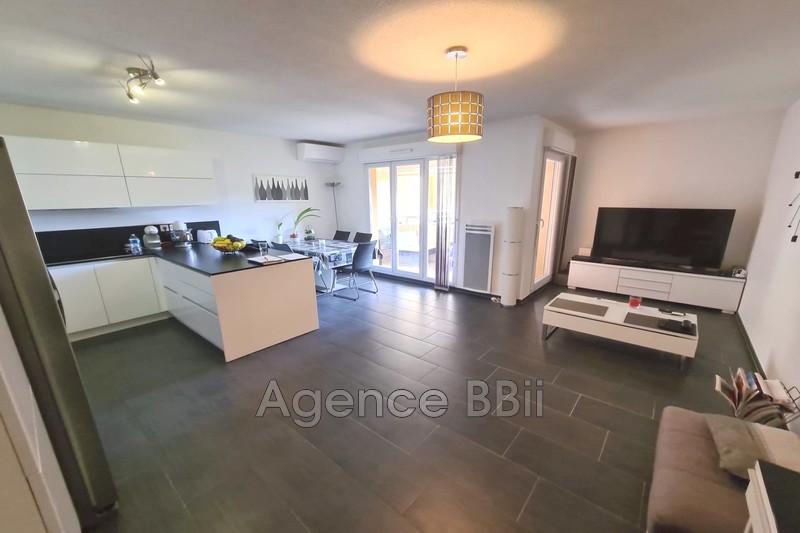 Appartement Saint-André-de-la-Roche Saint andré de la roche,   achat appartement  4 pièces   77m²