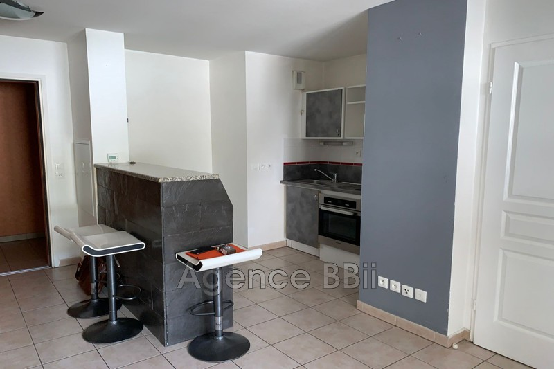 Photo n°3 - Vente appartement La Seyne-sur-Mer 83500 - 132 000 €