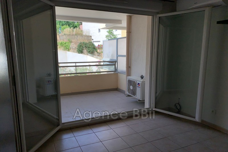 Photo n°2 - Vente appartement La Seyne-sur-Mer 83500 - 132 000 €