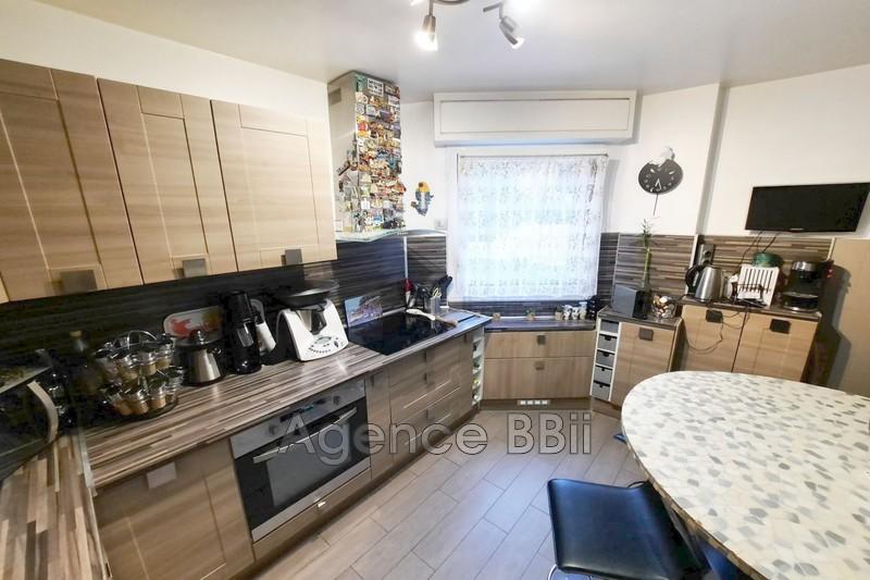 Photo Appartement Nice Port,   achat appartement  3 pièces   67m²