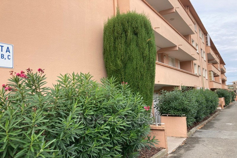 Photo n°2 - Vente appartement Saint-Raphaël 83700 - 181 000 €