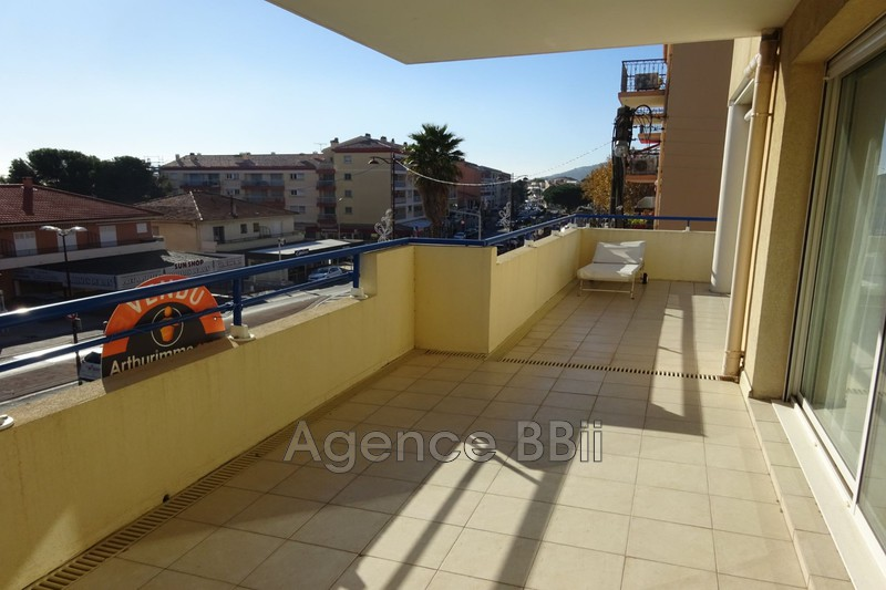 Photo n°2 - Vente appartement Saint-Aygulf 83370 - 389 000 €