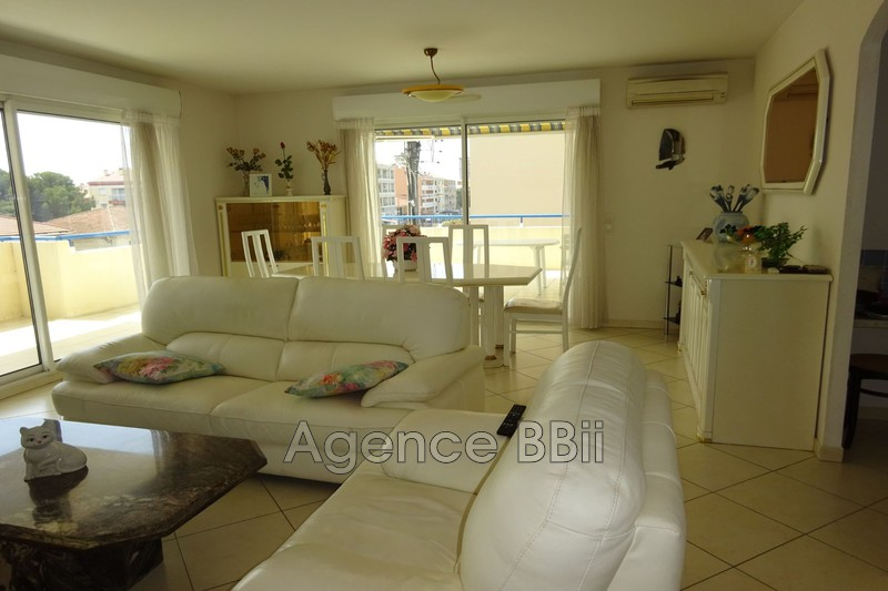 Photo n°1 - Vente appartement Saint-Aygulf 83370 - 389 000 €