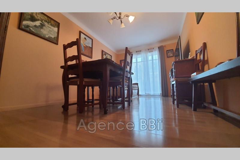 Photo Appartement Cagnes-sur-Mer Centre-ville,   achat appartement  3 pièces   56m²