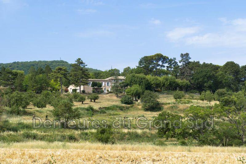 Photo Bastide Lourmarin Luberon,   achat bastide  19 chambres   1000m²