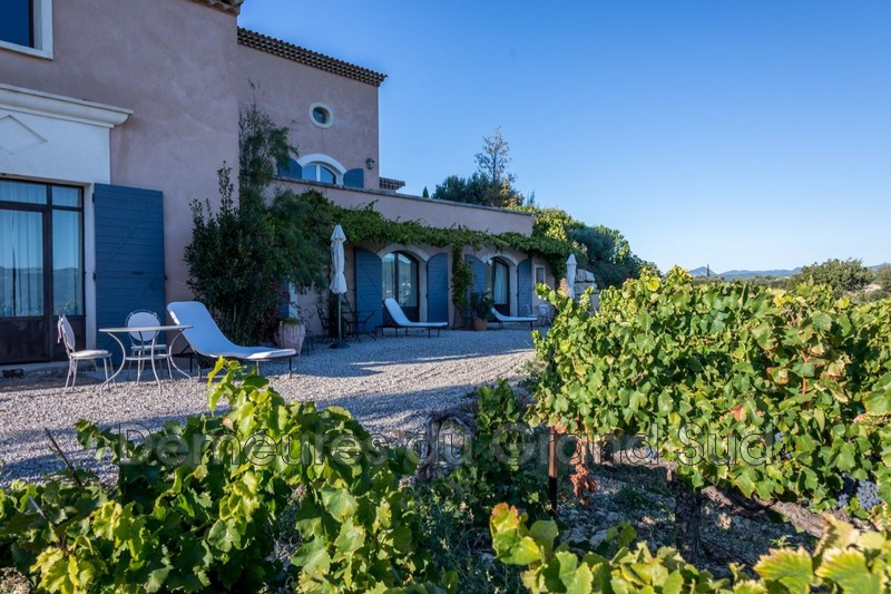 Photo Winery Avignon Ventoux,   to buy winery  4 bedroom   280 m²