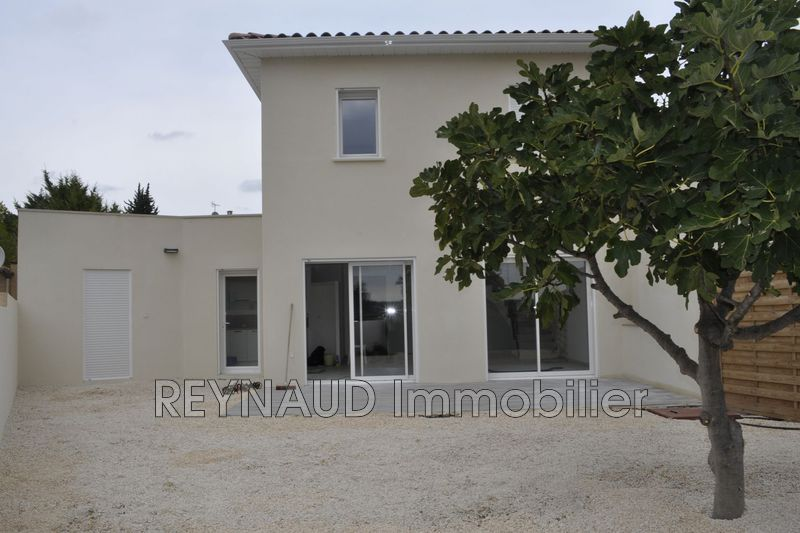 Photo Villa Nébian Clermont l'hérault,  Location villa  3 chambres   93 m²