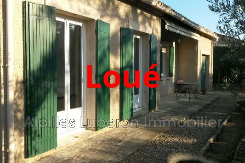 Photo Villa Eygalières Proche village,  Rentals villa  2 bedroom   75 m²
