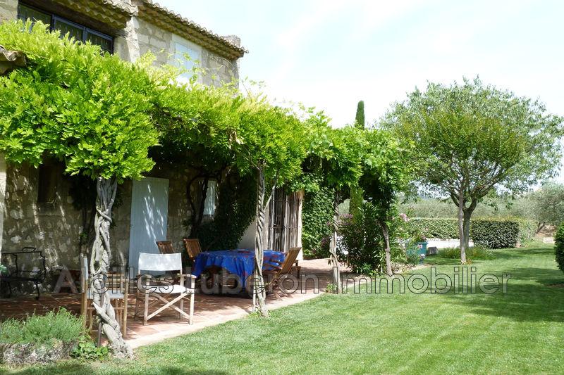 Villa Eygalières Proche village,  Location saisonnière villa  3 bedroom   170m²
