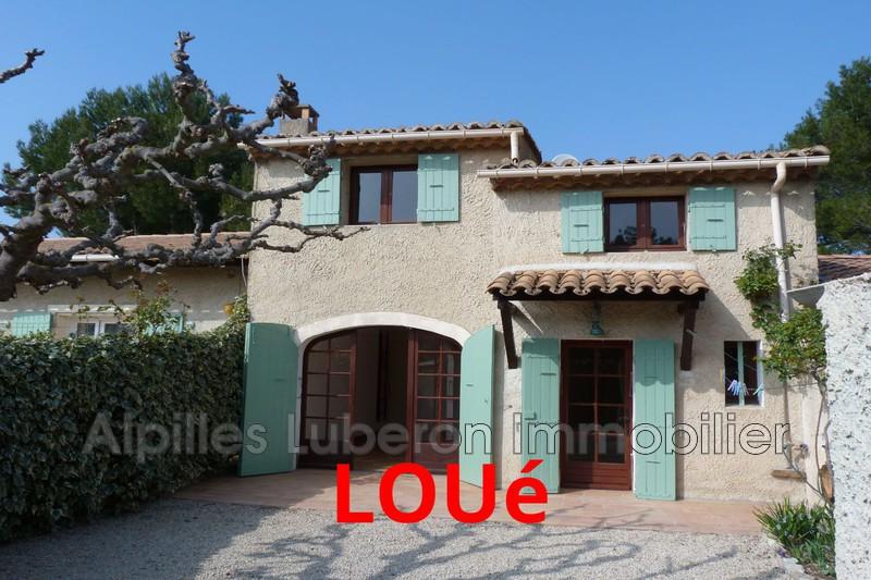 Villa Eygalières Proche village,  Location villa  2 chambres   69m²
