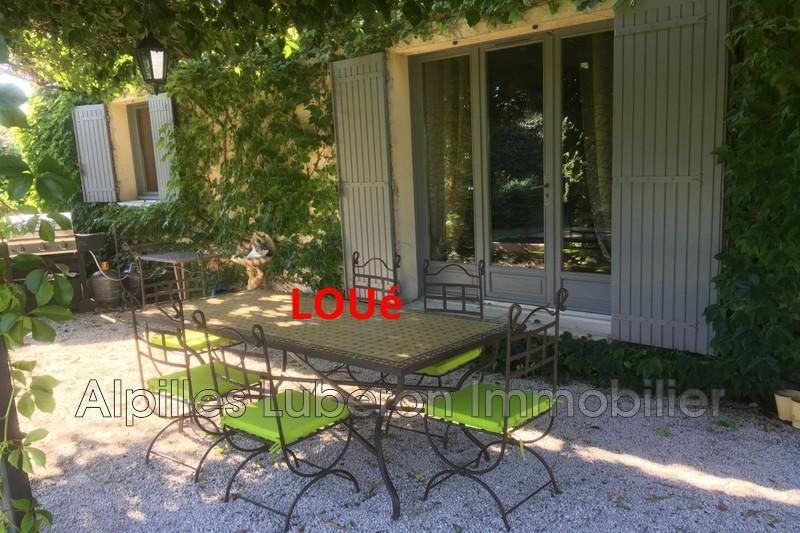Villa Mollégès Proche village,  Location villa  3 chambres   90m²