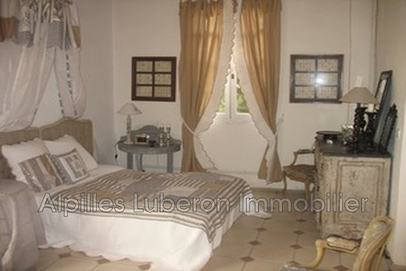 Apartment Orgon Campagne,  Rentals apartment  2 room   60 m²