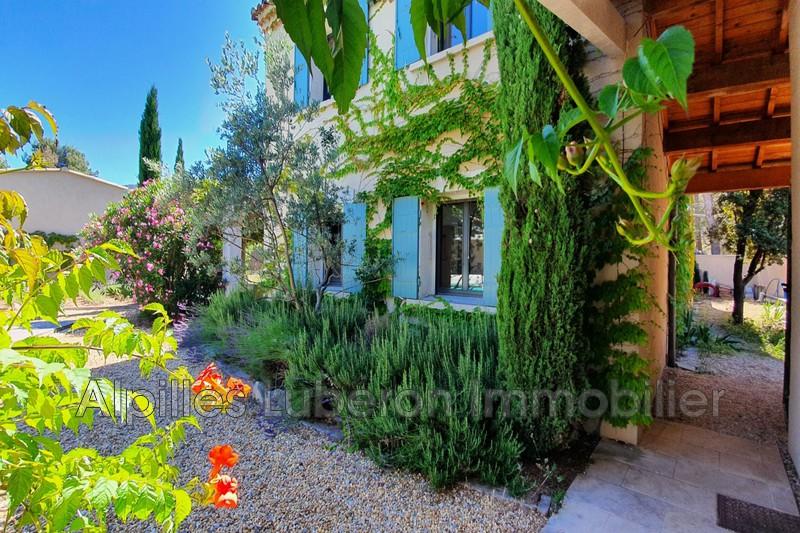 Maison de village Eygalières Proche village,   achat maison de village  5 chambres   230m²