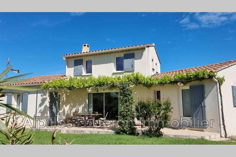 Photo Villa Mollégès Centre-ville,   to buy villa  3 bedroom   120m²