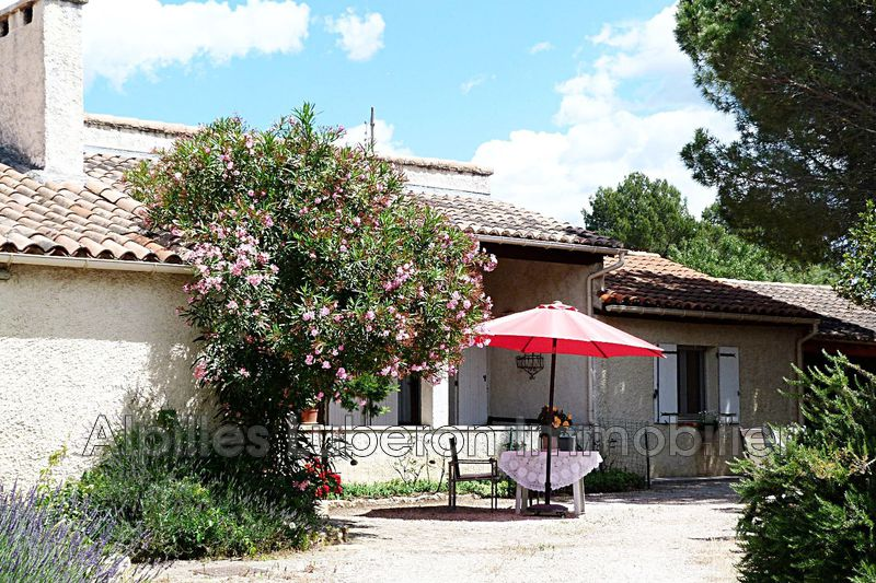 Villa Eygalières Village,   to buy villa  4 bedroom   145 m²