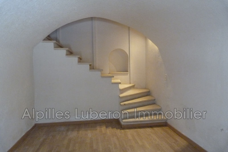 Appartement Eygalières Centre-ville,   achat appartement  3 pièces   86m²
